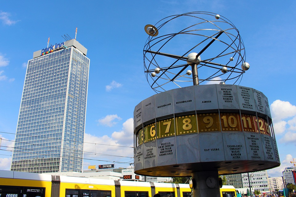 world clock berlin 3